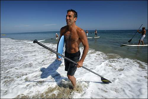 Oh my, more hockey players should frolic in the sand and surf!