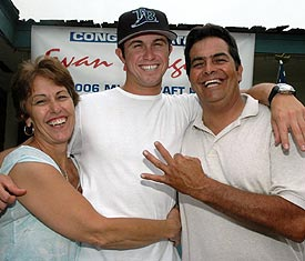 How cute - celebrating with his parents after being drafted.