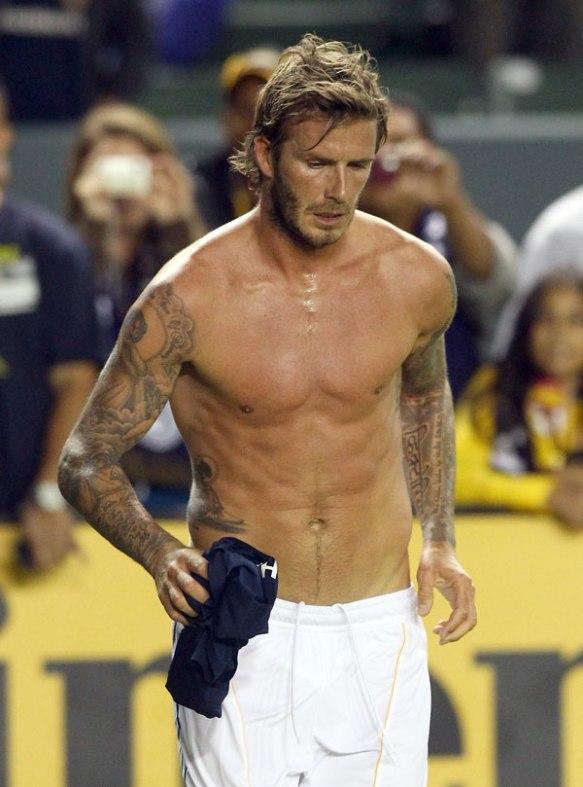 David-Beckham-Shirtless-Photos